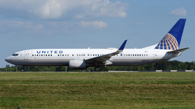 A picture of N68452 - Boeing 737924(ER) - United Airlines - © DJ Reed - OPShots Photo Team