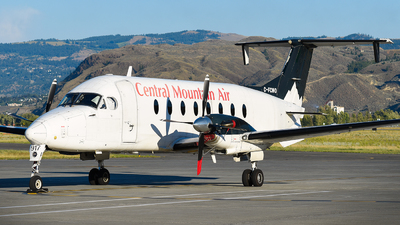 C-FCMO - Beech 1900D - Central Mountain Air