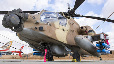 832 - Boeing AH-64D Peten - Israel - Air Force