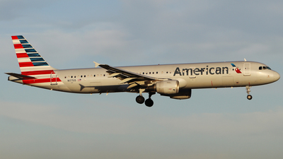 N177US - Airbus A321-211 - American Airlines