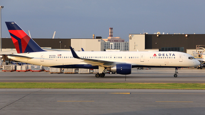 N693DL - Boeing 757-232 - Delta Air Lines