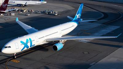 F-HXLF - Airbus A330-303 - XL Airways France