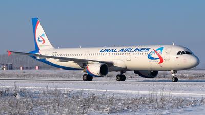 VP-BIH - Airbus A321-211 - Ural Airlines