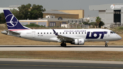 A picture of SPLID - Embraer E175STD - LOT - © Buzu