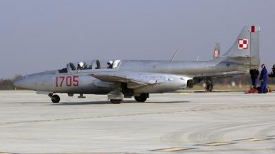 1705 - PZL-Mielec TS-11 Iskra - Poland - Air Force