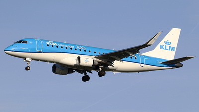 A picture of PHEXG - Embraer E175STD - KLM - © Jeroen Stroes