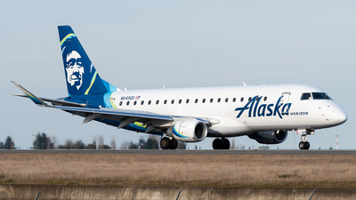 A picture of N643QX - Embraer E175LR - Alaska Airlines - © Nick Sheeder
