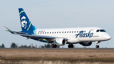 A picture of N643QX - Embraer E175LR - Alaska Airlines - © Nick Sheeder