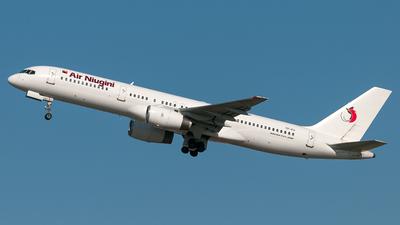 TF-FII - Boeing 757-208 - Air Niugini