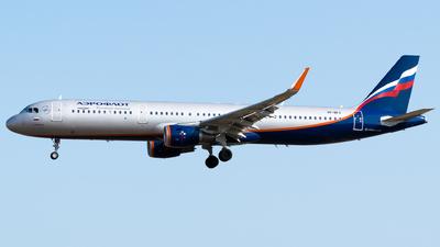 VP-BFX - Airbus A321-211 - Aeroflot