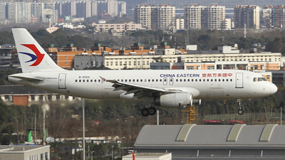 A picture of B6559 - Airbus A320232 - China Eastern Airlines - © zjs