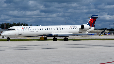 N335PQ - Bombardier CRJ-900LR - Delta Connection (Endeavor Air)