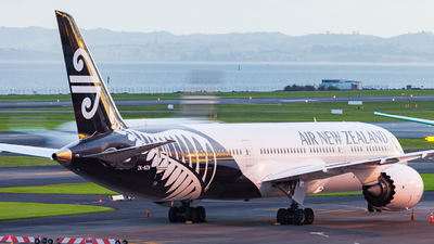 A picture of ZKNZN - Boeing 7879 Dreamliner - Air New Zealand - © Dominic Oakes