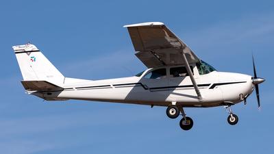 N2172Y - Cessna 172D Skyhawk - Private