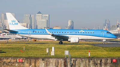 A picture of PHEZZ - Embraer E190STD - KLM - © Simon330lover