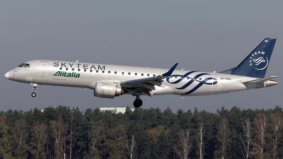 A picture of EIRND - Embraer E190STD - [19000512] - © Bartosz Kaczmarek