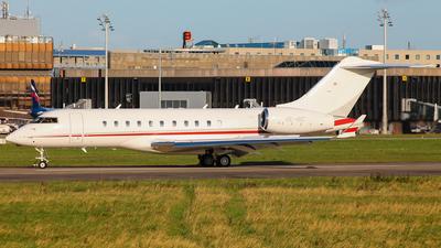 OE-IBC - Bombardier BD-700-1A11 Global 5000 - International Jet Management
