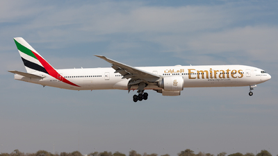 A6-ECK - Boeing 777-31HER - Emirates
