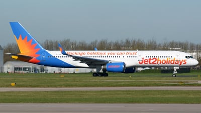 G-LSAC - Boeing 757-23A - Jet2.com