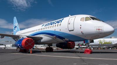 A picture of XAIJR - Sukhoi Superjet 10095B - Interjet - © Ricardo Mungarro