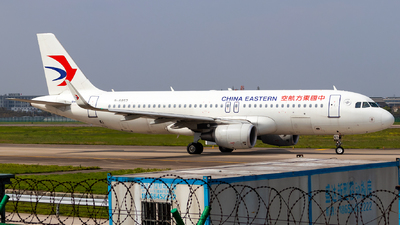 B-8857 - Airbus A320-214 - China Eastern Airlines