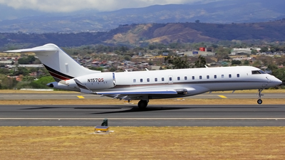 N157QS - Bombardier BD-700-1A10 Global 6000	 - NetJets Aviation