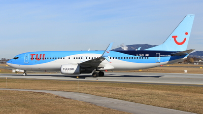 A picture of GFDZD - Boeing 7378K5 - TUI fly - © Christoph Plank