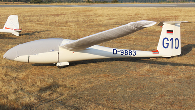D-9883 - Schempp-Hirth Cirrus - Private