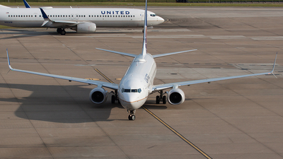 N68880 - Boeing 737-924ER - United Airlines