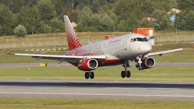 RA-89043 - Sukhoi Superjet 100-95B - Rossiya Airlines