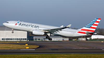N285AY - Airbus A330-243 - American Airlines