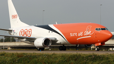 OE-IBW - Boeing 737-4Q8(SF) - TNT Airways