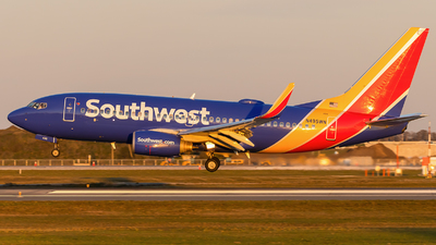 A picture of N495WN - Boeing 7377H4 - Southwest Airlines - © Maik Voigt