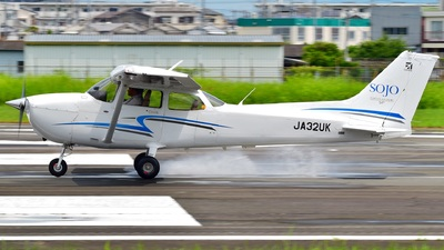 JA32UK - Cessna 172S Skyhawk SP - Sojo University