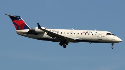 A picture of N8936A - Mitsubishi CRJ200LR - Delta Air Lines - © Stefano  Castelli