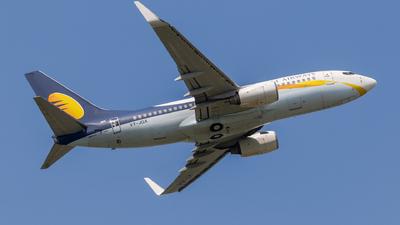 VT-JGX - Boeing 737-75R - Jet Airways