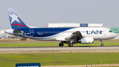 CC-BAL - Airbus A320-233 - LAN Airlines