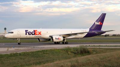 C-FMEU - Boeing 757-2B7(SF) - Fedex (Morningstar Air Express)