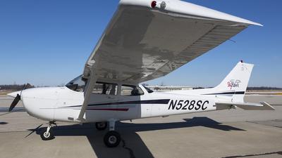 A picture of N528SC - Cessna 172S Skyhawk SP - [172S9210] - © Stephan Klos Pugatch