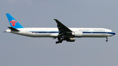 B-20C5 - Boeing 777-300ER - China Southern Airlines