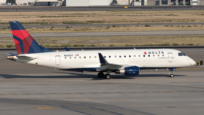 A picture of N260SY - Embraer E175LR - Delta Air Lines - © Yixin Chen