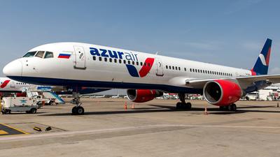 VP-BPB - Boeing 757-231 - Azur Air
