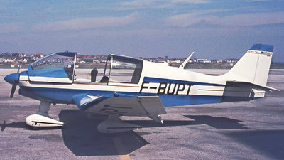 F-BUPT - Robin DR400/140B Major - Private