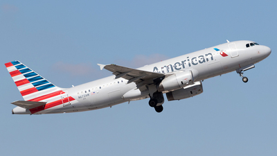 N672AW - Airbus A320-232 - American Airlines