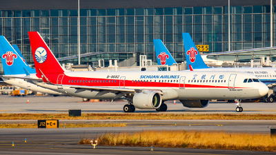 B-8682 - Airbus A321-271N - Sichuan Airlines