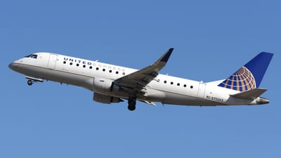 A picture of N750YX - Embraer E175LR - United Airlines - © DJ Reed - OPShots Photo Team