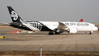 ZK-NZF - Boeing 787-9 Dreamliner - Air New Zealand