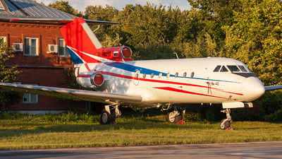 RA-88213 - Yakovlev Yak-40 - UTair Aviation