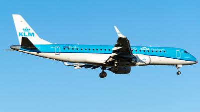 A picture of PHEZO - Embraer E190STD - KLM - © Alberto Plá