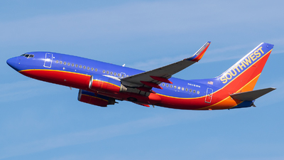 A picture of N408WN - Boeing 7377H4 - Southwest Airlines - © Evan Dougherty